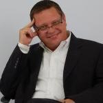 Paul  E.  Schlattman
